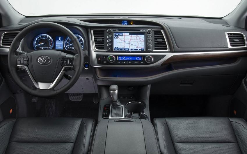 Система мультимедиа Toyota Touch 2