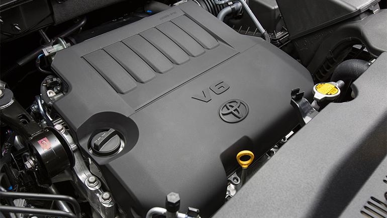 """Бензиновый """"атмосферник"""" V6"""