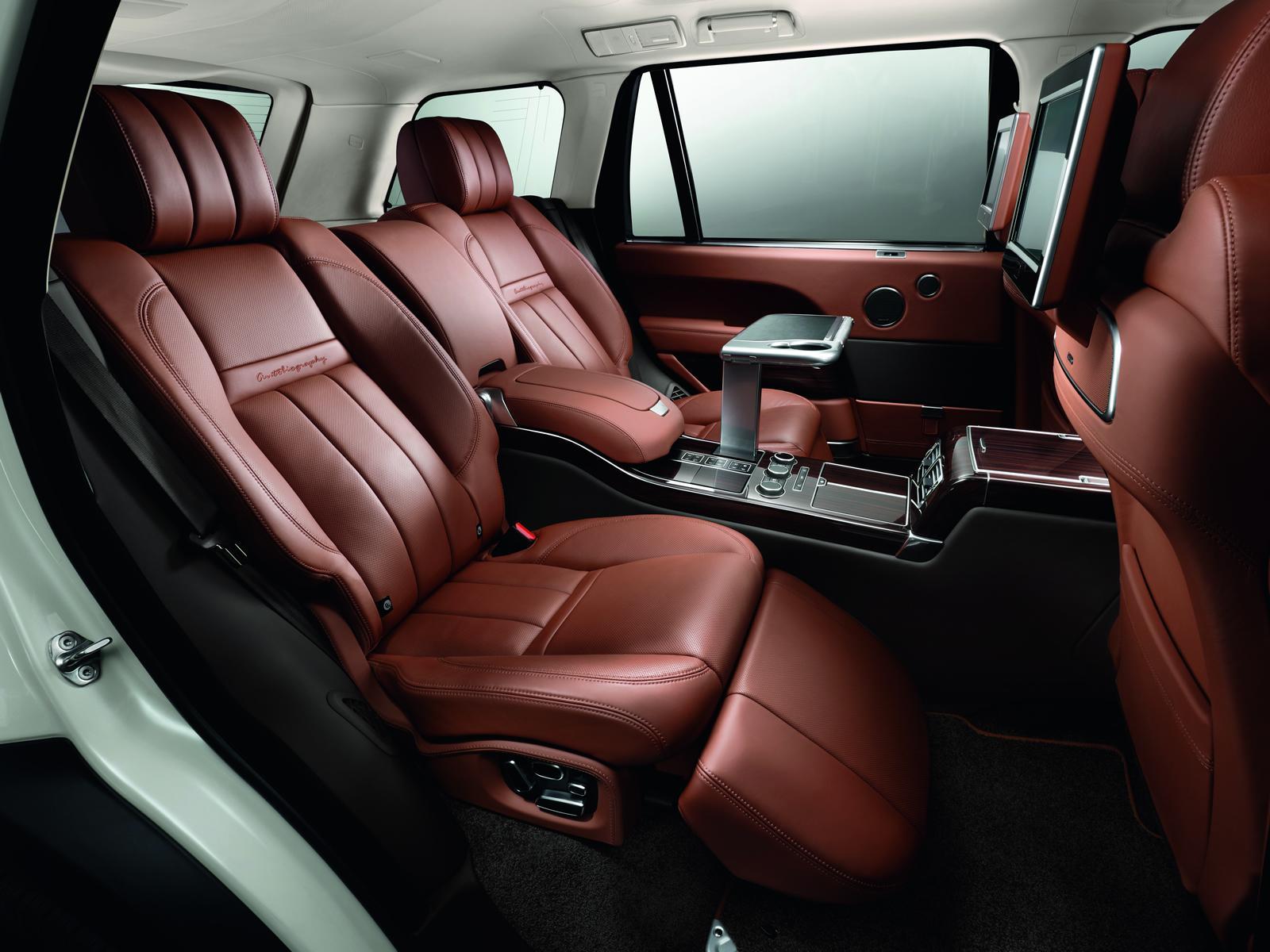 Салон Range Rover Evoque впечатляет